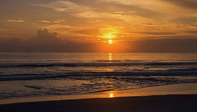 Photograph - Ormond Beach Sunrise by Herb Paynter