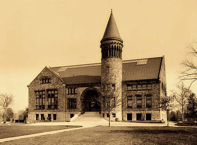 Photograph - Orton Hall Library - The Ohio State University 1903 by Mountain Dreams