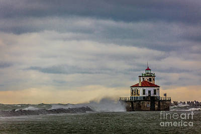 Photograph - Oswego Harbor West Pierhead Light by Roger Monahan