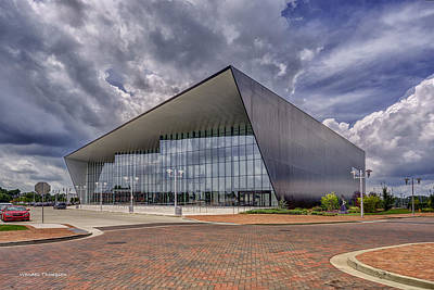 Owensboro Kentucky Convention Center Art Print by Wendell Thompson