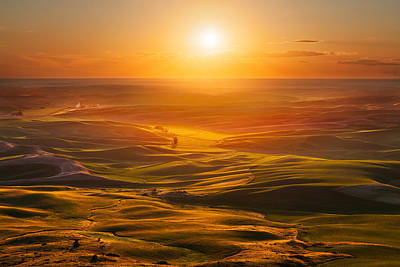 Palouse Sunset Art Print by Thorsten Scheuermann
