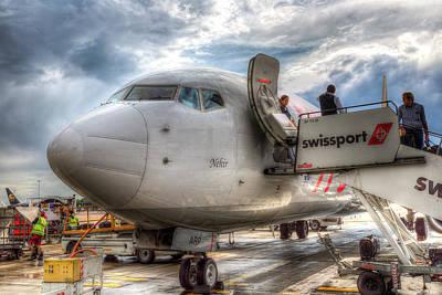 Photograph - Pegasus Airlines Boeing 737 by David Pyatt