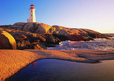 Photograph - Peggy's Point Lighthouse, Nova Scotia by Gary Corbett
