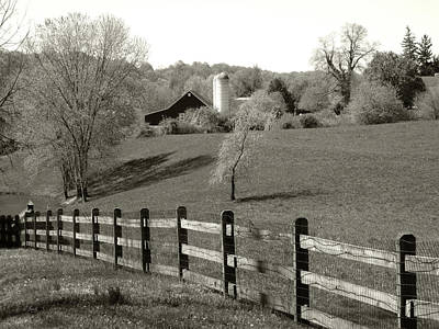 Pennsbury Photograph - Pennsylvania Spring by Gordon Beck