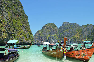 Cliff Lee Digital Art - Phi Phi Islands 3 by Eva Kaufman