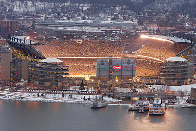 Heinz Field Photograph - Pittsburgh 4 by Emmanuel Panagiotakis