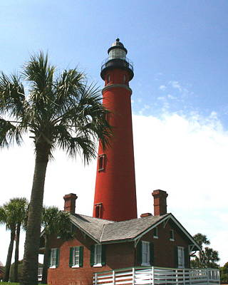 Sebastian Florida Photograph - Ponce Lighthouse by W Gilroy