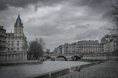 Photograph - Pont Saint Michel Paris by Henri Irizarri