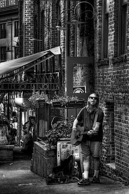 Street Musicians Photograph - Post Alley Tunes by David Patterson