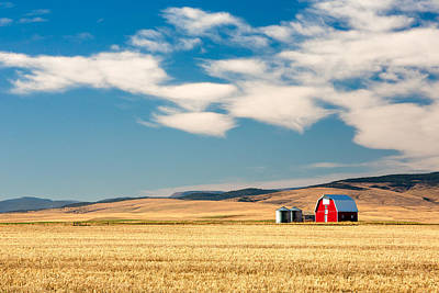 Red Farmhouse Photograph - Prairie Red by Todd Klassy