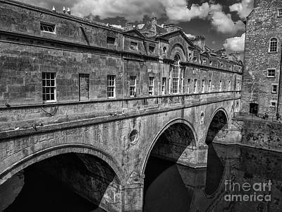 Photograph - Pulteney Bridge, Bath, England by Jim Orr