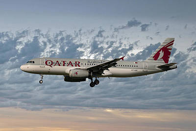Qatar Airways Airbus A320-232 Art Print