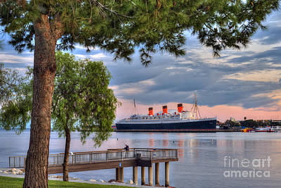 Photograph - Queen Mary Long Beach by David Zanzinger