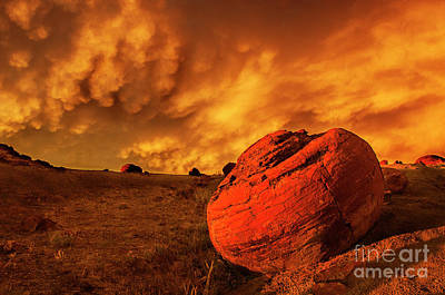 Prairie Sunset Wall Art - Photograph - Red Rock Coulee Sunset 3 by Bob Christopher