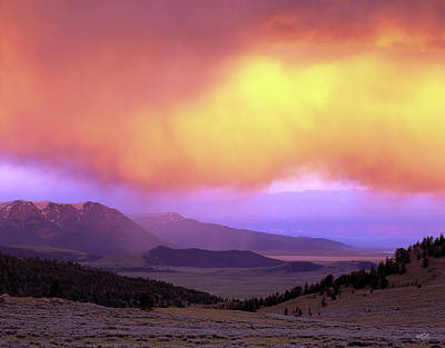 Photograph - Red Rock Pass by Leland D Howard
