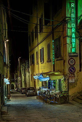 Medeival Photograph - Restaurant In Tuscany by Al Hurley
