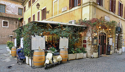 Photograph - Ristorante In The Trastevere Neighborhood In Rome Italy by Richard Rosenshein