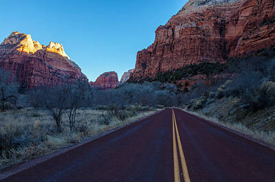 Photograph - Road To The Valley by Jonathan Nguyen