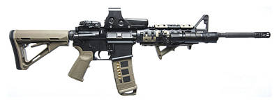 Hollywood Style - Rock River Arms Ar-15 Rifle Equipped by Terry Moore