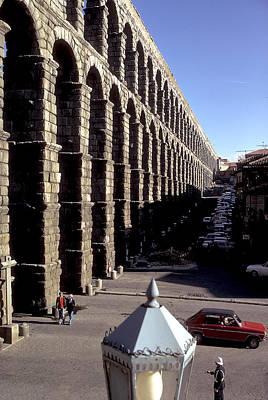 Roman Aquaduct In Segovia Art Print by Carl Purcell