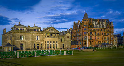 Images Photograph - Royal And Ancient Golf Club St Andrews by Alex Saunders