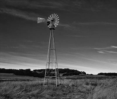 Photograph - Santa Rosa Plateau Windmill by Paul Breitkreuz