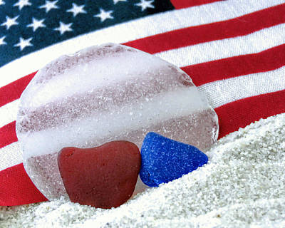 Photograph - Sea Glass In Patriotic Colors  by Janice Drew