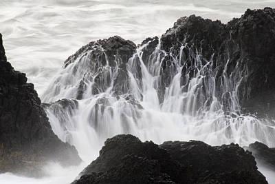 Seal Rock Waves And Rocks 5 Art Print by Bob Neiman