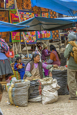 Photograph - Selling On The Market In Peru by Patricia Hofmeester