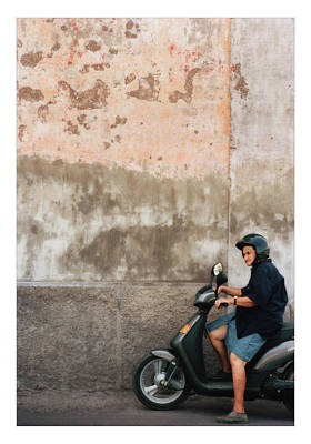 European City Digital Art - Signora by Marco Hietberg