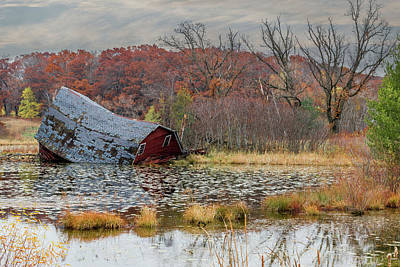 Photograph - Sinking Barn #5 by Patti Deters