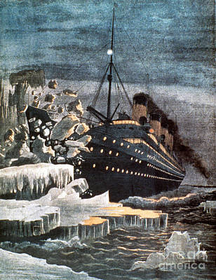 Sinking Of The Titanic Art Print by Granger