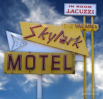 Photograph - Skylark Motel Vintage Sign by Gregory Dyer