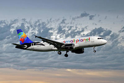Small Photograph - Small Planet Airlines Airbus A320-214 by Smart Aviation