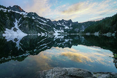 Snow Lake Chair Peak Dusk Reflection Art Print by Mike Reid