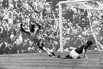 Pele Photograph - Soccer: World Cup, 1970 by Granger