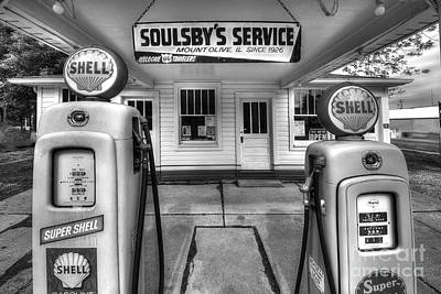 Route 66 Photograph - Soulsby's Service Station by Twenty Two North Photography