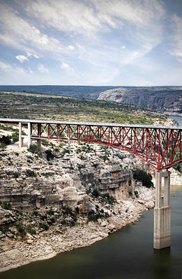 Photograph - Spanning The Rio Grande by Judy Hall-Folde