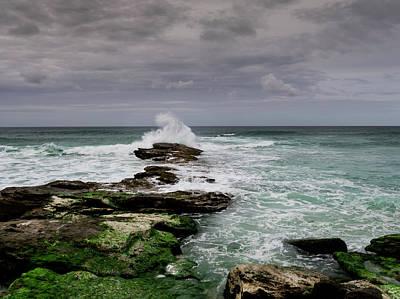 Photograph - Splash by Edgar Laureano