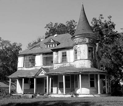 Photograph - Spooky Chester South Carolina House 3 Bw by Joseph C Hinson Photography