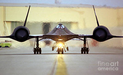 High Altitude Flying Photograph - Sr-71 Blackbird, 1990s by Science Source