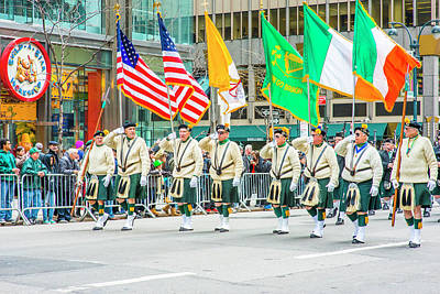 St. Patrick Day Parade In New York Art Print