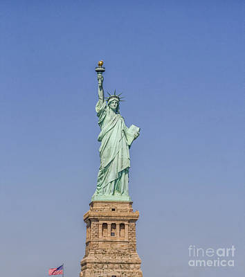 Photograph - Statue Of Liberty by Patricia Hofmeester