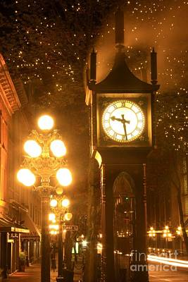 Photograph - Steam Clock by Frank Townsley