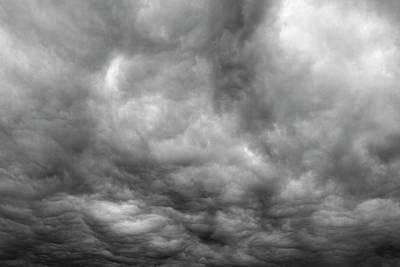 Storm Art Print by Les Cunliffe