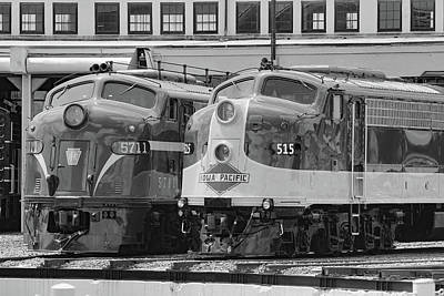 Photograph - Streamliners At Spencer Prr 571b W 1 by Joseph C Hinson Photography