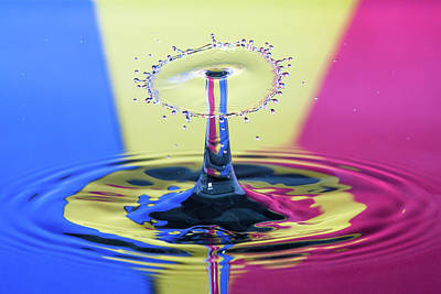 Photograph - Stripped Water Drop by Max Neivandt