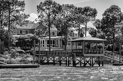 Photograph - Sullivan's Island Coastal House by Dale Powell