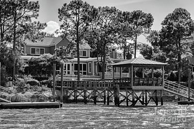 Photograph - Sullivan's Island Coastal House by Dale Powell