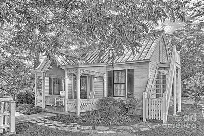 Photograph - Sunday House Cottage by Sam Stanton